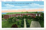 Showing Back Lawn of Great Southern Hotel, Gulfport, Miss. by E. C. Kropp Co. (Milwaukee, Wis.)